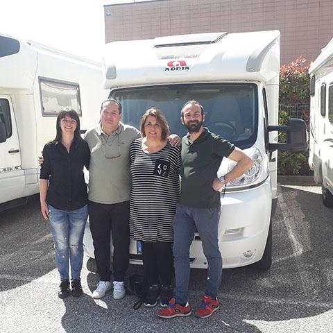 Consegna del camper Adria Matrix 670 SC alla famiglia Bonechi