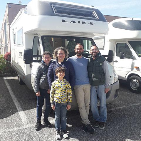 Consegna del camper Laika Kreos 3002 alla famiglia Santucci