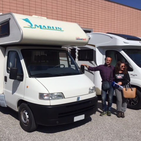 Consegna del camper Elnagh Marlin 58 alla famiglia Katalin