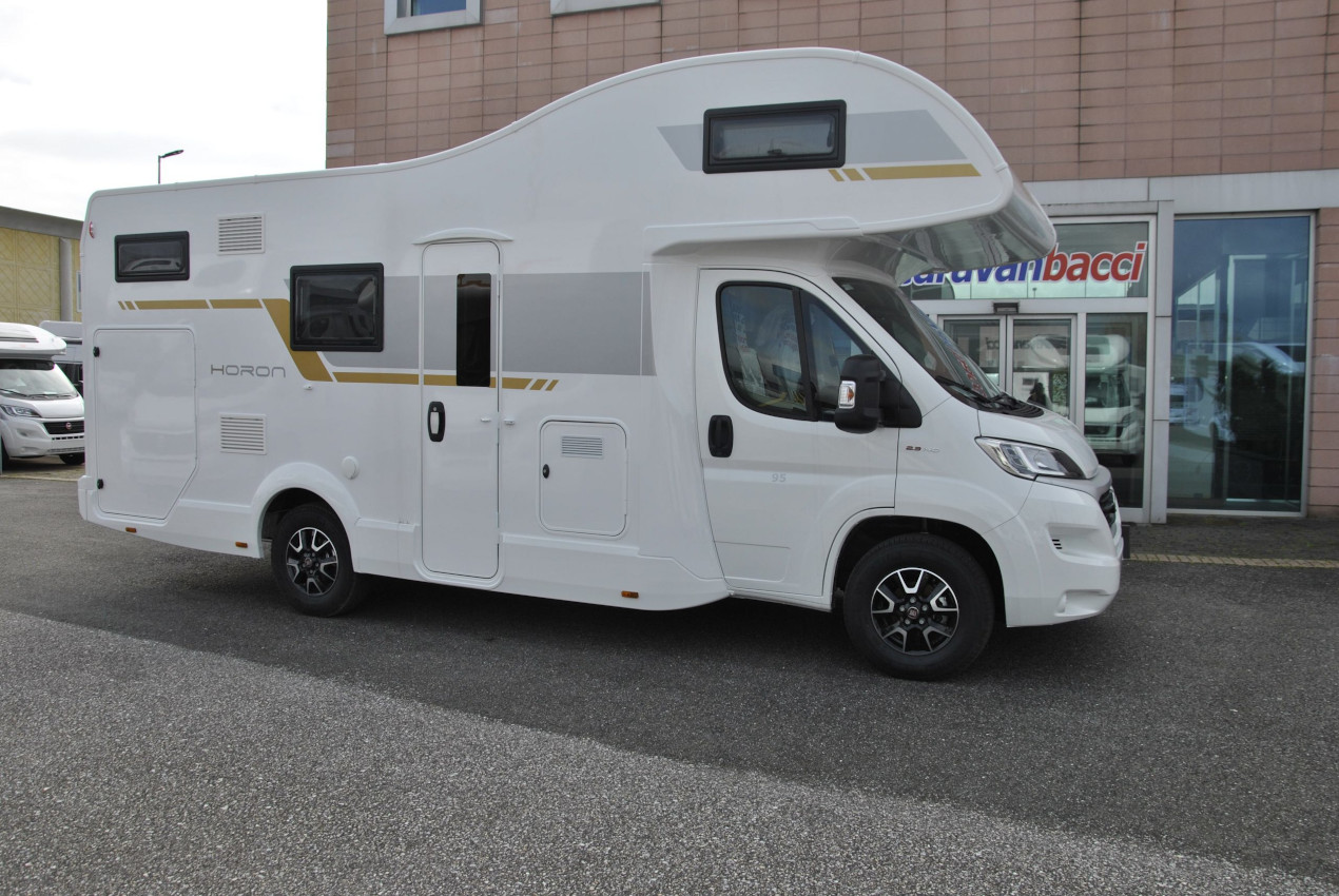 Caravan International Horon 95M