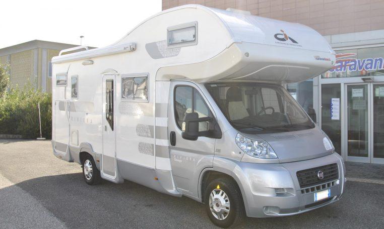Caravans-International-Riviera-garage-1