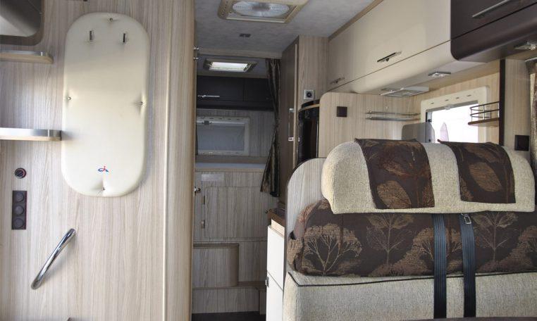Caravans-International-Riviera-garage-10