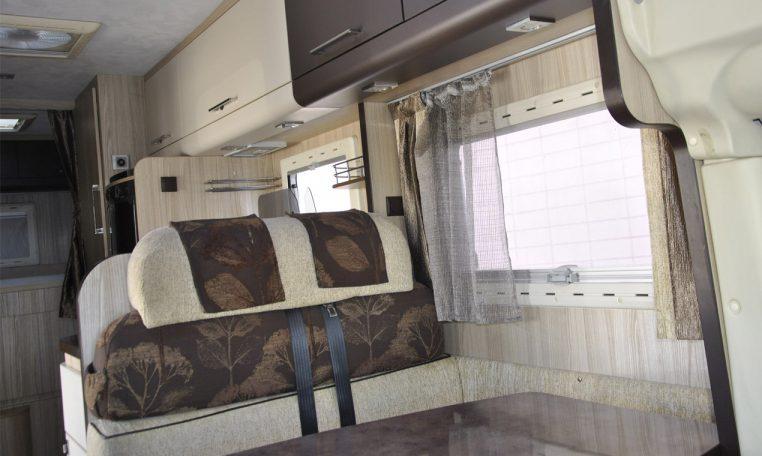 Caravans-International-Riviera-garage-11