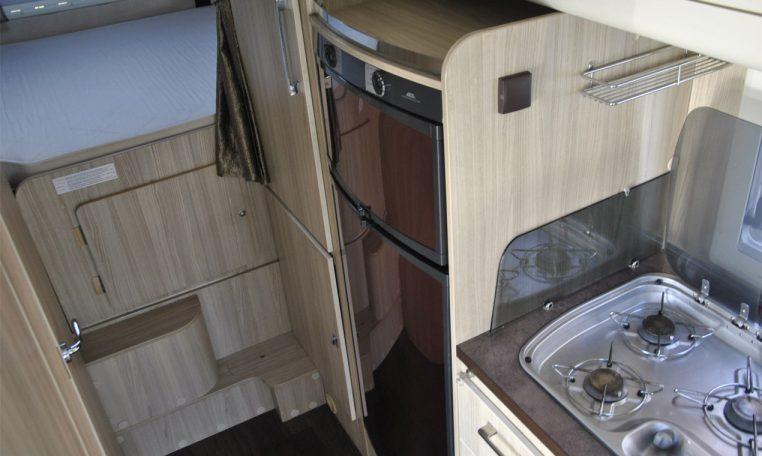 Caravans-International-Riviera-garage-12