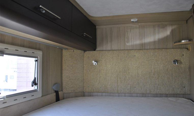 Caravans-International-Riviera-garage-17