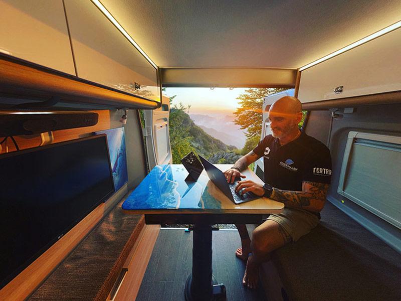 Smart Working in Camper
