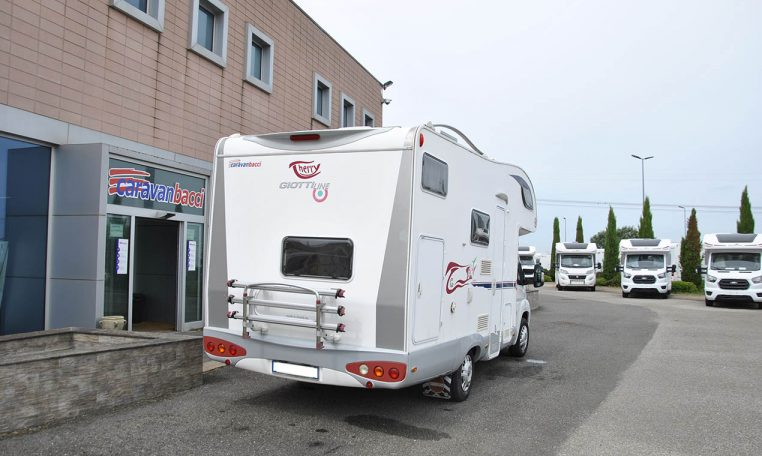 giottilinetherryt20-caravanbacci