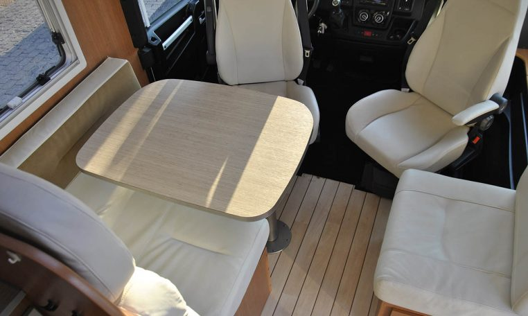 pilote740g-caravanbacci